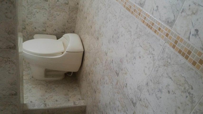 Townhouse En Venta En La Morita - Villas Caribes Código FLEX: 18-3080 No.17