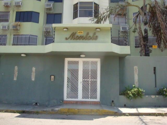 Apartamento En Venta En Maracay En La Soledad - Código: 18-3481