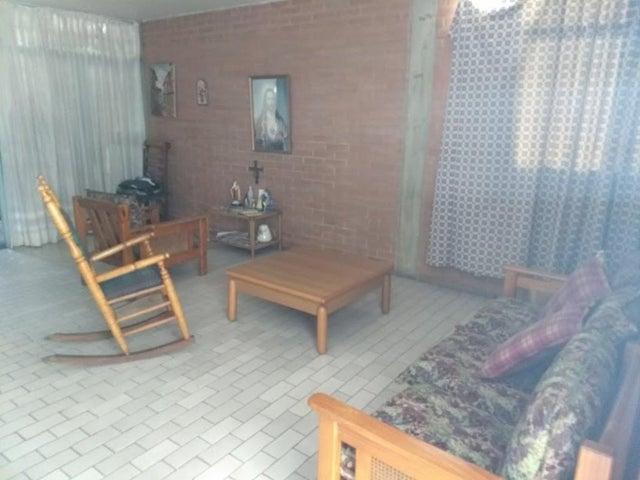 Casa En Venta En Caracas - La California Sur Código FLEX: 18-4070 No.4