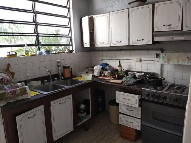 Casa En Venta En Caracas - La California Sur Código FLEX: 18-4070 No.6