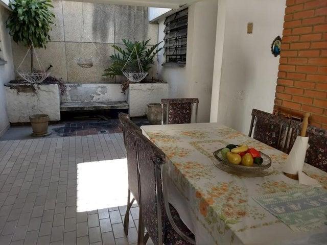 Casa En Venta En Caracas - La California Sur Código FLEX: 18-4070 No.10