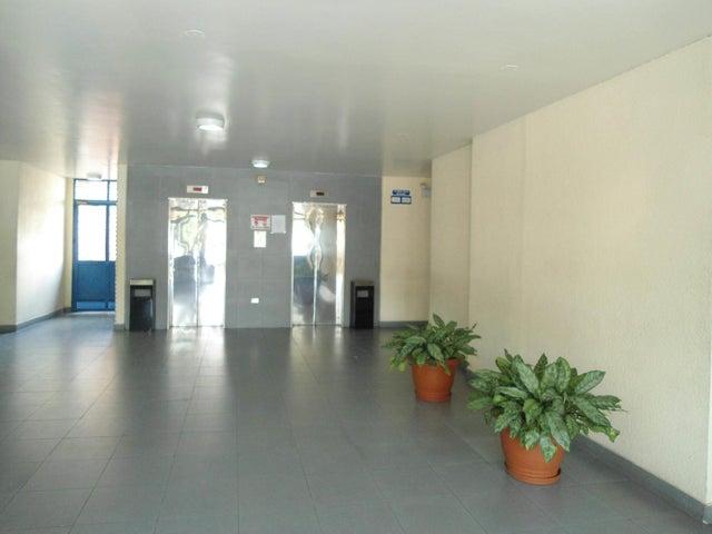 Oficina En Venta En Maracay - Calicanto Código FLEX: 18-4121 No.3
