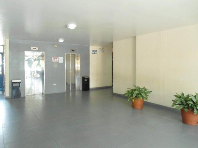 Oficina En Venta En Maracay - Calicanto Código FLEX: 18-4121 No.4