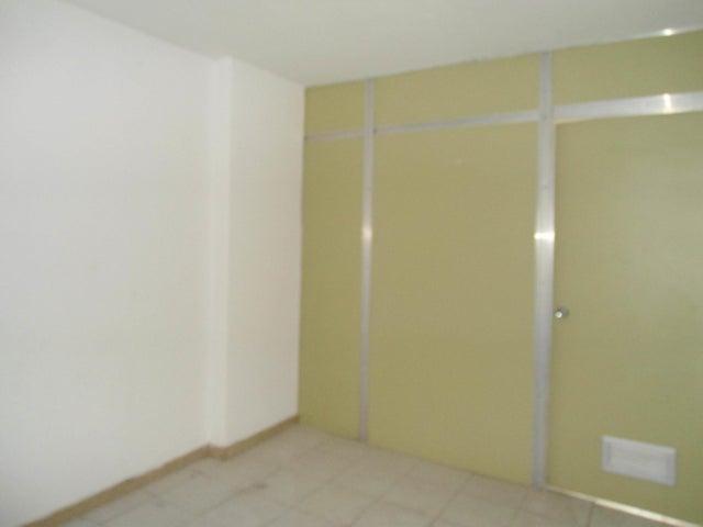Oficina En Venta En Maracay - Calicanto Código FLEX: 18-4121 No.10