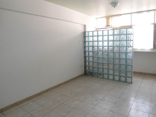 Oficina En Venta En Maracay - Calicanto Código FLEX: 18-4121 No.13
