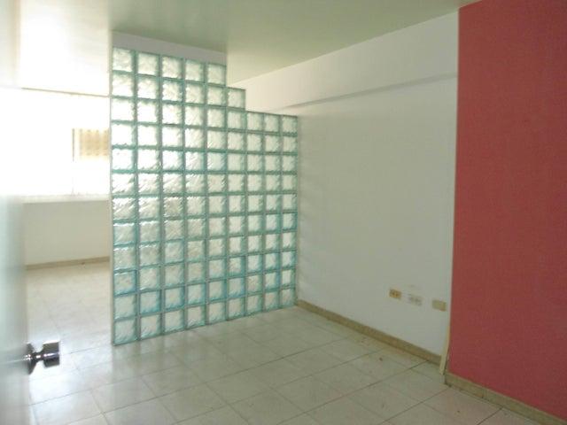 Oficina En Venta En Maracay - Calicanto Código FLEX: 18-4121 No.15