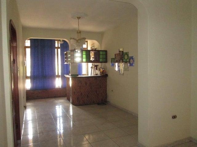 Apartamento En Venta En Caracas - Las Acacias Código FLEX: 18-4140 No.1