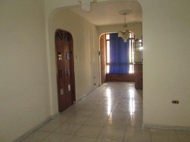 Apartamento En Venta En Caracas - Las Acacias Código FLEX: 18-4140 No.2