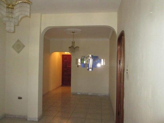 Apartamento En Venta En Caracas - Las Acacias Código FLEX: 18-4140 No.7
