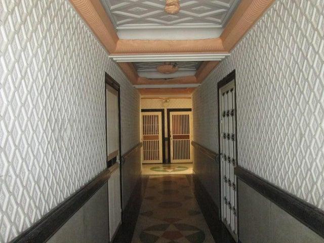 Apartamento En Venta En Caracas - Las Acacias Código FLEX: 18-4140 No.13