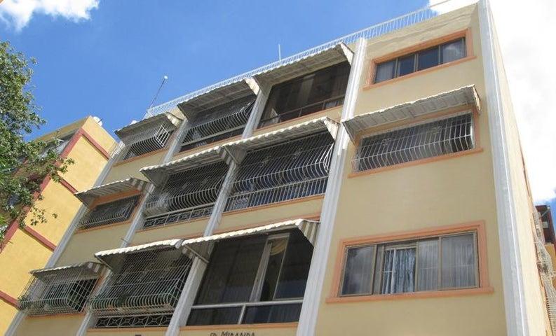 Apartamento En Venta En Caracas - Las Acacias Código FLEX: 18-4140 No.14