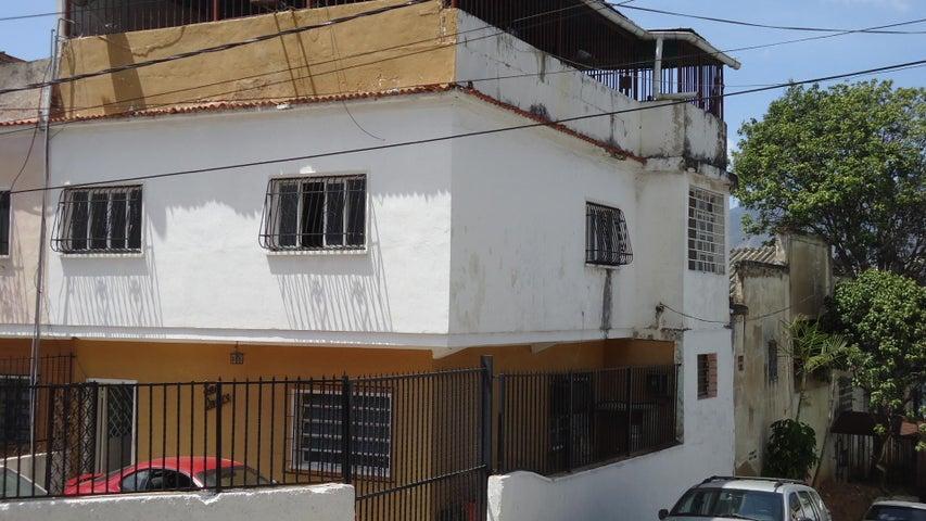 Casa en Venta en Los Rosales