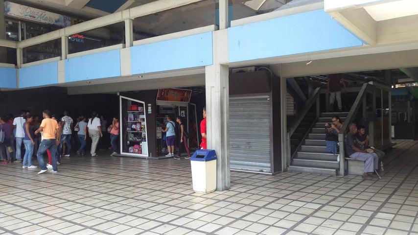 En Venta En Maracay - El Centro Código FLEX: 18-4248 No.3