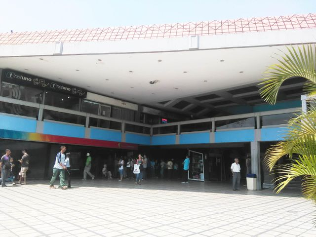 En Venta En Maracay - El Centro Código FLEX: 18-4248 No.2