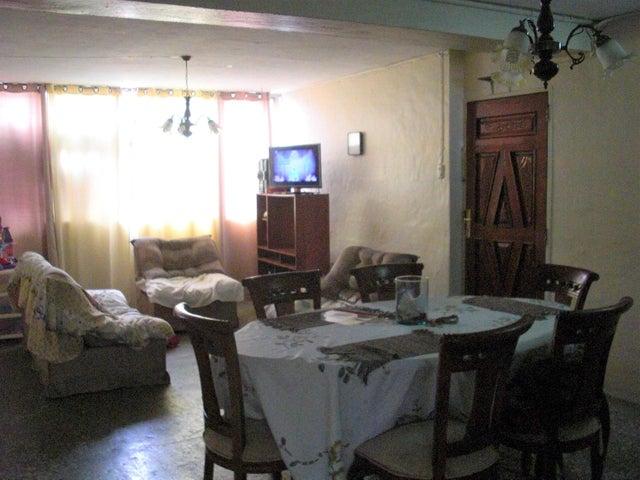 Apartamento En Venta En Caracas - Parroquia 23 de Enero Código FLEX: 18-4443 No.5