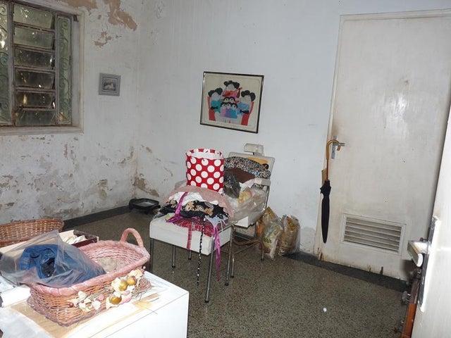 Casa En Venta En Caracas - Santa Monica Código FLEX: 18-6128 No.13