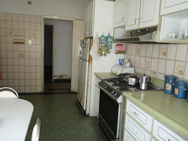 Casa En Venta En Caracas - Santa Monica Código FLEX: 18-6128 No.17
