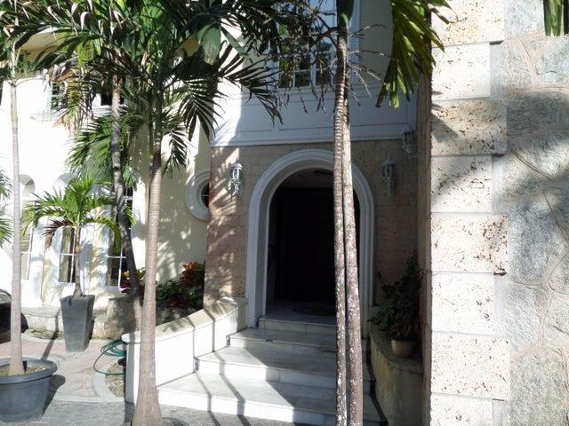Townhouse En Venta En Maracay - Lomas de Palmarito Código FLEX: 18-5065 No.4