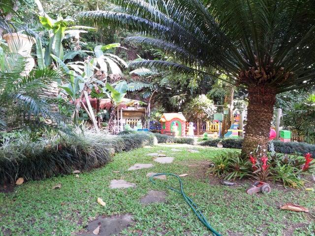Townhouse En Venta En Maracay - Lomas de Palmarito Código FLEX: 18-5065 No.11