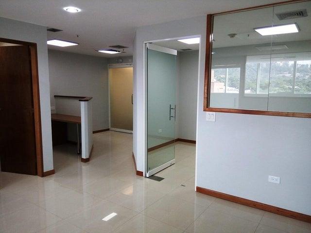 En Alquiler En Caracas - Las Mercedes Código FLEX: 17-12816 No.3