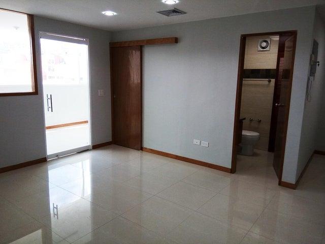 En Alquiler En Caracas - Las Mercedes Código FLEX: 17-12816 No.7
