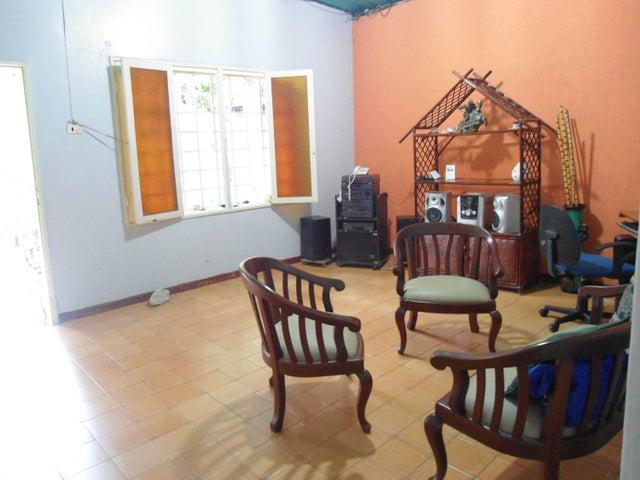 Casa En Venta En Maracay - La Pedrera Código FLEX: 18-5411 No.7