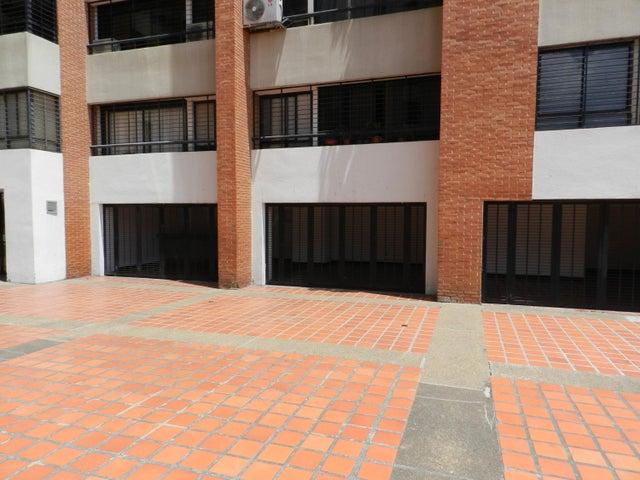 Apartamento En Venta En Caracas - Lomas del Avila Código FLEX: 18-5434 No.13