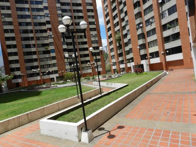 Apartamento En Venta En Caracas - Lomas del Avila Código FLEX: 18-5434 No.17