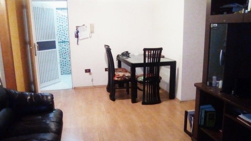 Apartamento En Venta En Caracas - Lomas del Avila Código FLEX: 18-5434 No.2