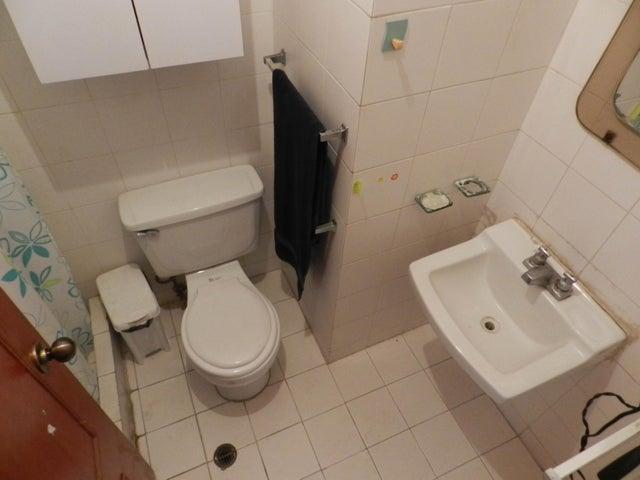 Apartamento En Venta En Caracas - Lomas del Avila Código FLEX: 18-5434 No.10