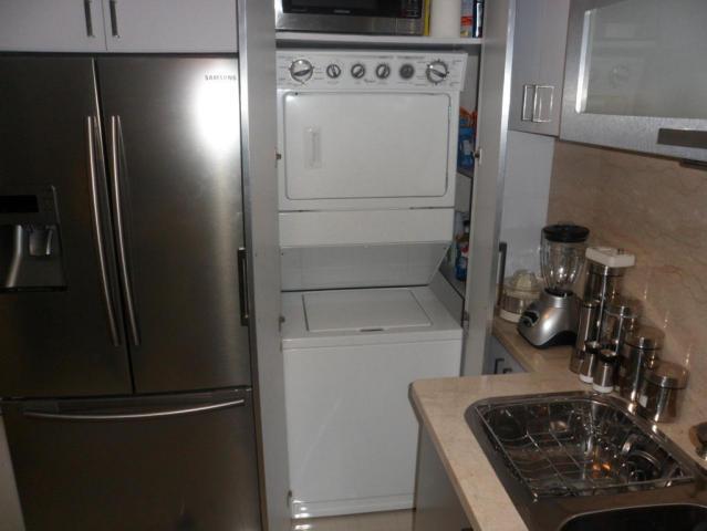Apartamento En Venta En Caracas - Los Naranjos Humboldt Código FLEX: 18-5550 No.12