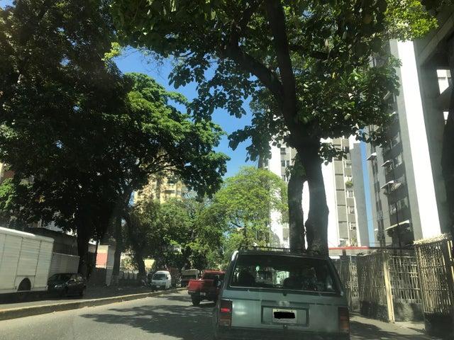Negocio o Empresa En Venta En Caracas - El Paraiso Código FLEX: 18-5553 No.10