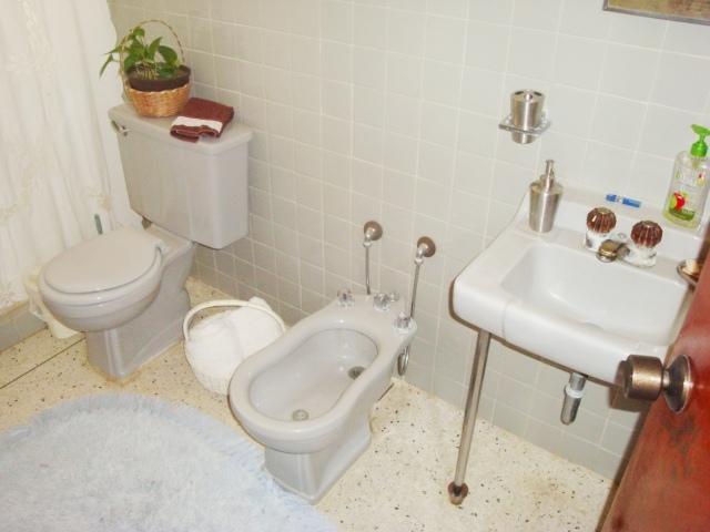 Casa En Venta En Maracay En El Castano (Zona Privada) - Código: 18-6572