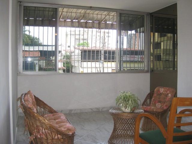 Apartamento En Venta En Maracay - Calicanto Código FLEX: 18-6811 No.6
