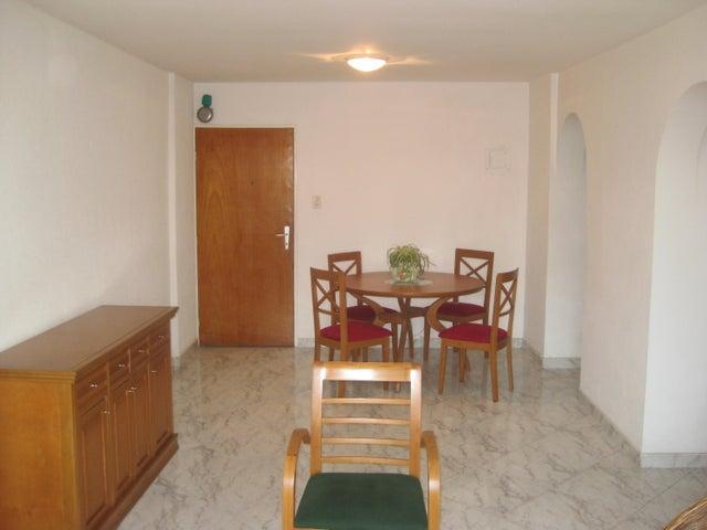 Apartamento En Venta En Maracay - Calicanto Código FLEX: 18-6811 No.7