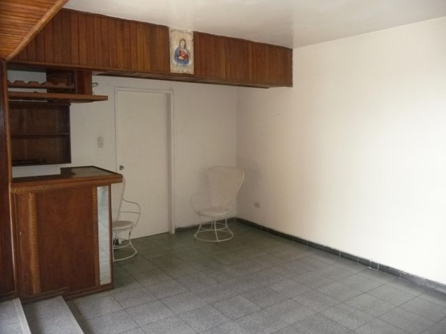 Apartamento En Venta En Maracay - Urbanizacion El Centro Código FLEX: 18-7063 No.7
