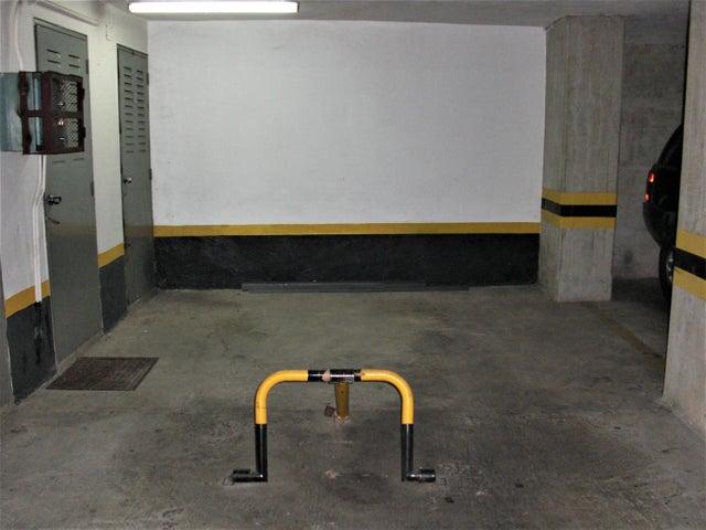 Apartamento En Venta En Caracas - Sabana Grande Código FLEX: 18-7173 No.14
