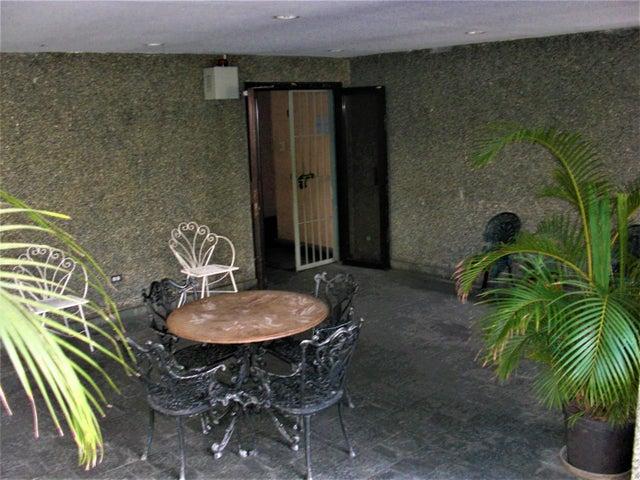 Apartamento En Venta En Caracas - Sabana Grande Código FLEX: 18-7173 No.17