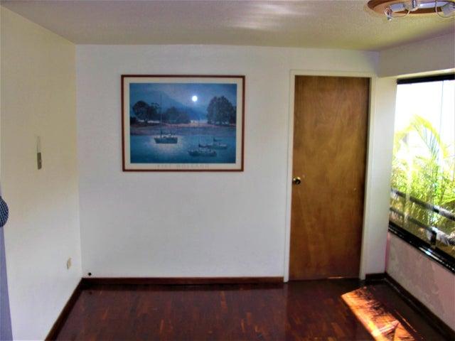 Apartamento En Venta En Caracas - Sabana Grande Código FLEX: 18-7173 No.3