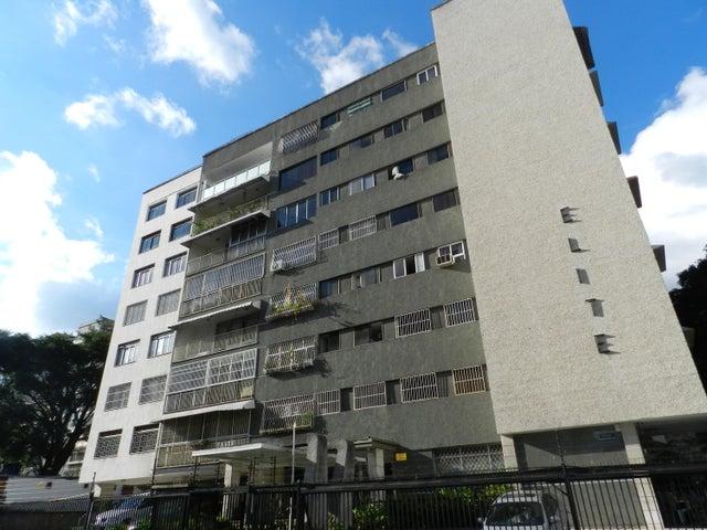 Apartamento En Venta En Caracas - Los Palos Grandes Código FLEX: 18-7361 No.0