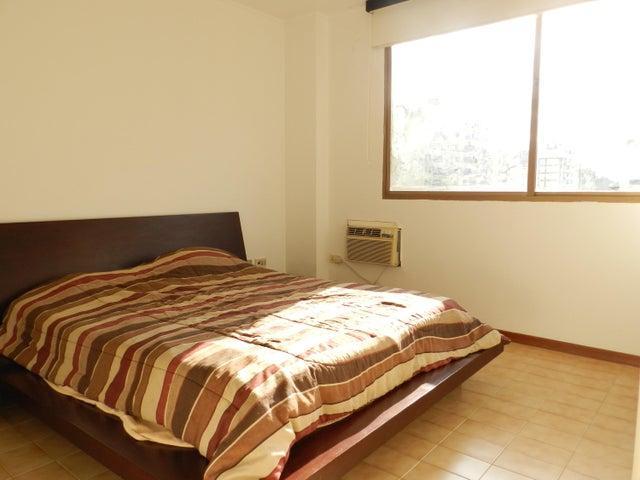 Apartamento En Venta En Caracas - Los Palos Grandes Código FLEX: 18-7361 No.17