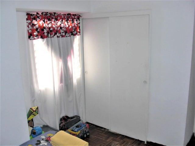 Apartamento En Venta En Caracas - San Jose Código FLEX: 18-7485 No.9
