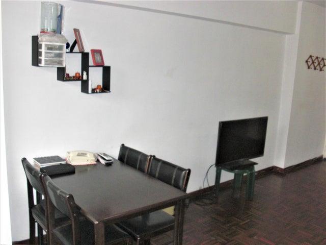 Apartamento En Venta En Caracas - San Jose Código FLEX: 18-7485 No.2