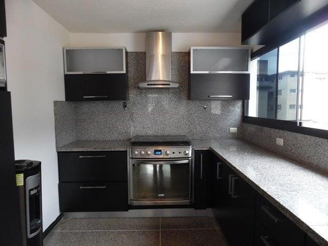 Apartamento En Venta En Caracas - Los Palos Grandes Código FLEX: 18-7840 No.15