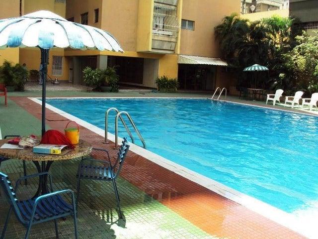 Apartamento En Venta En Maracay - La Floresta Código FLEX: 18-7765 No.8