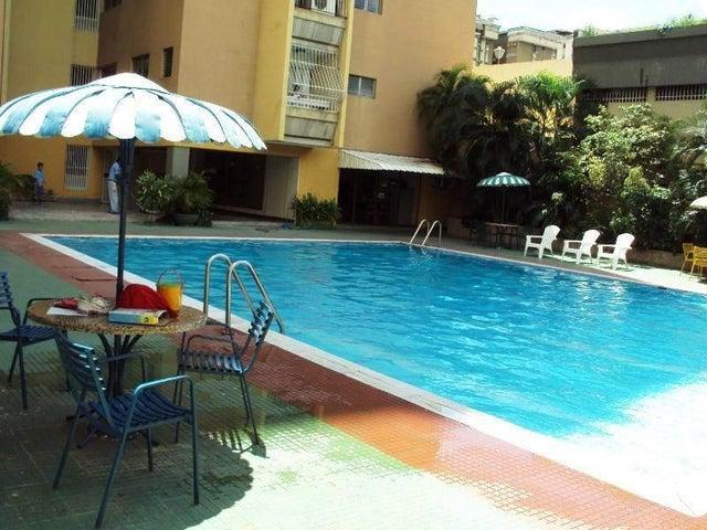 Apartamento En Venta En Maracay - La Floresta Código FLEX: 18-7765 No.9