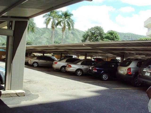 Apartamento En Venta En Maracay - La Floresta Código FLEX: 18-7765 No.10