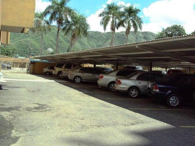 Apartamento En Venta En Maracay - La Floresta Código FLEX: 18-7765 No.11