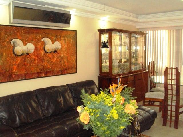 Apartamento En Venta En Maracay - La Floresta Código FLEX: 18-7765 No.17