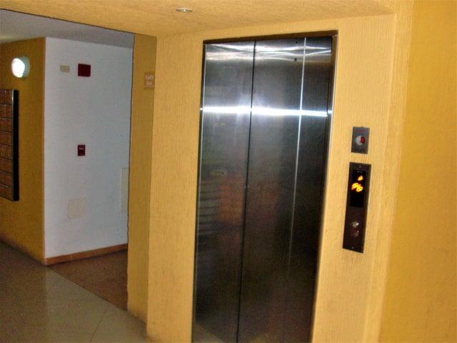 Apartamento En Venta En Caracas - El Encantado Código FLEX: 18-8493 No.15